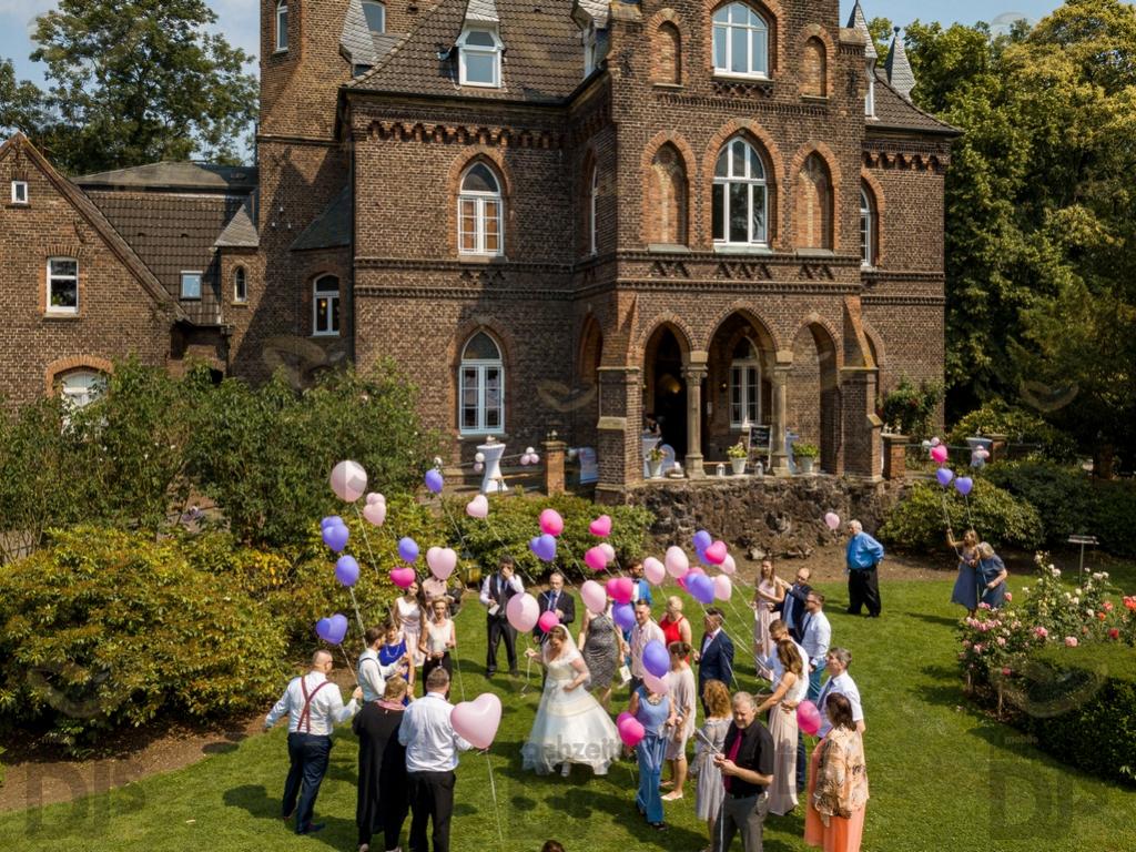Ballons in der Marienburg Monheim