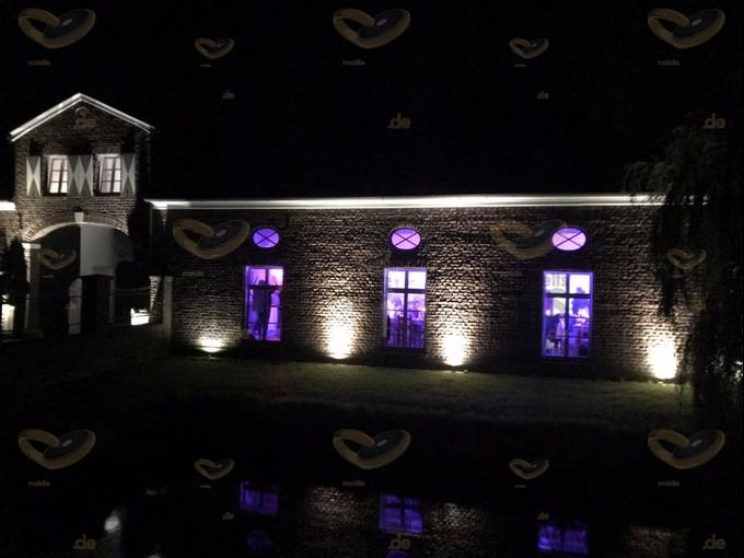 Niemeshof bei Nacht