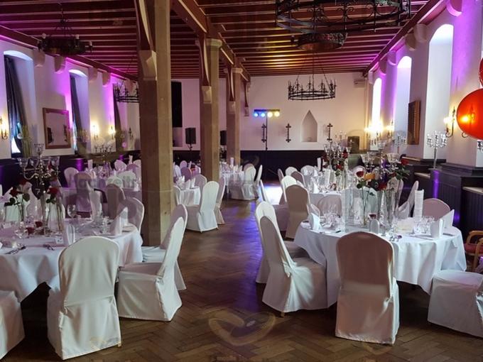 Ambiente mit Floorspots in Schloss Burg Solingen