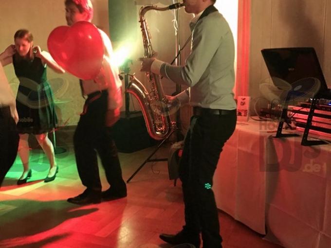 Saxophonist auf Hochzeit in Schloss Garath Düsseldorf