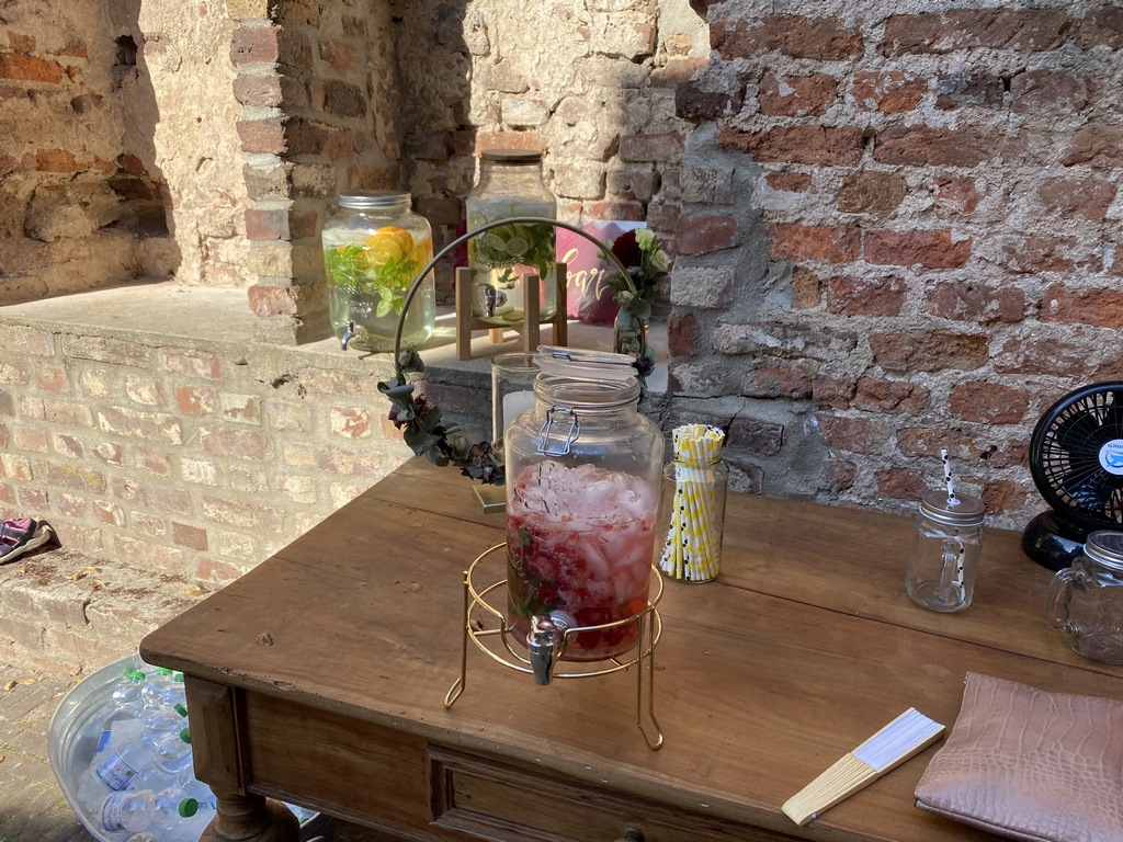 Drinks in Schloss Hertefeld Weeze